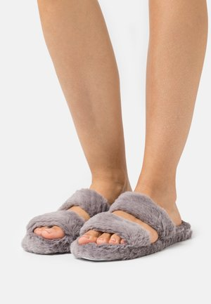 QUILTED TWO BAR SLIDER - Slippers - grey