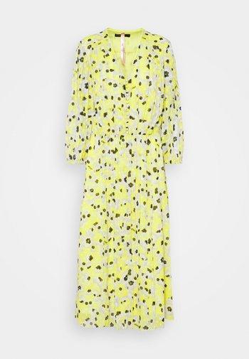 Robe d'été - lemon drop