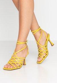 Topshop - RHAPSODY STRAPY - Sandály na vysokém podpatku - lime - 0