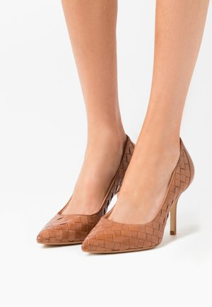 BOWE - Classic heels - tan