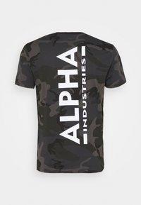 Alpha Industries - CAMO - Print T-shirt - black - 1