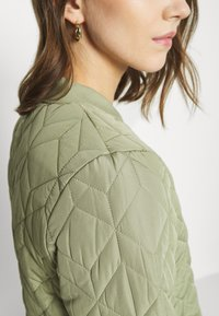ONLY - Bomber Jacket - oil green - 5