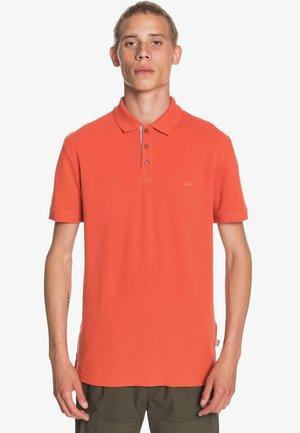 LOIA - Polo shirt - chili