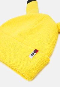 Levi's® - POKEMON BEANIE UNISEX - Beanie - regular yellow - 3