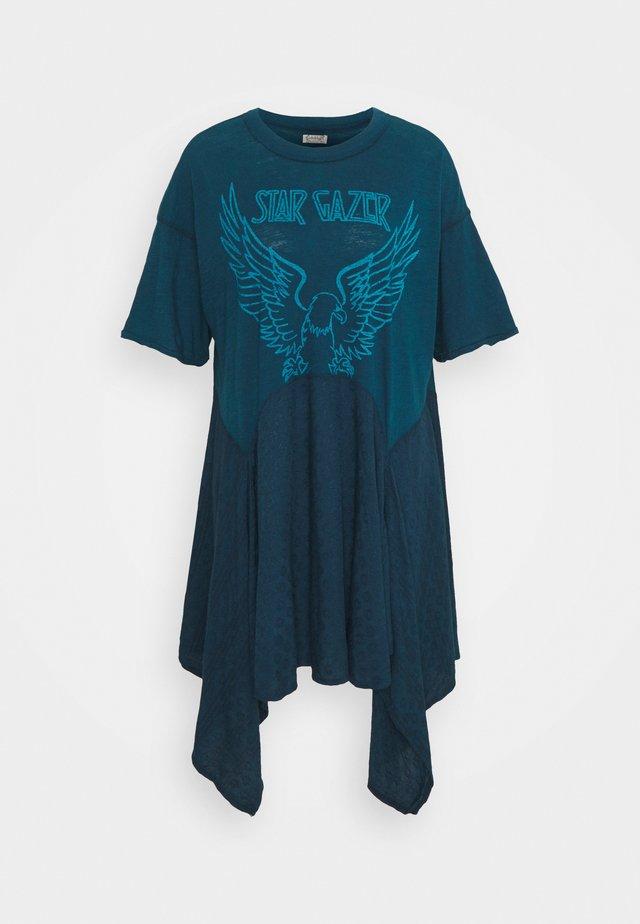 THE JERRY LOUNGE DRESS - Negligé - indigo combo