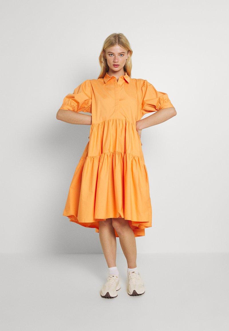 Missguided - OVERSIZED SHIRT MIDI DRESS - Maxi dress - orange