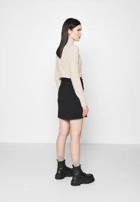 Vero Moda - VMSIGRID SKIRT - Mini skirt - black - 2
