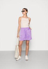 ARKET - Shorts - lilac - 1