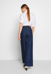 Lee - STELLA A LINE - Flared Jeans - rinse - 2