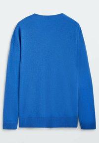 Massimo Dutti - MIT V-AUSSCHNITT - Stickad tröja - blue - 1