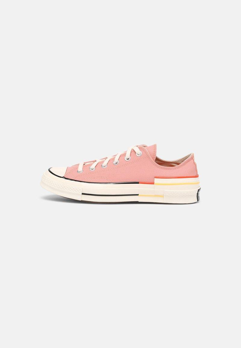 Converse - CHUCK 70 OFF THE GRID - Trainers - pink quartz/bright poppy/egret