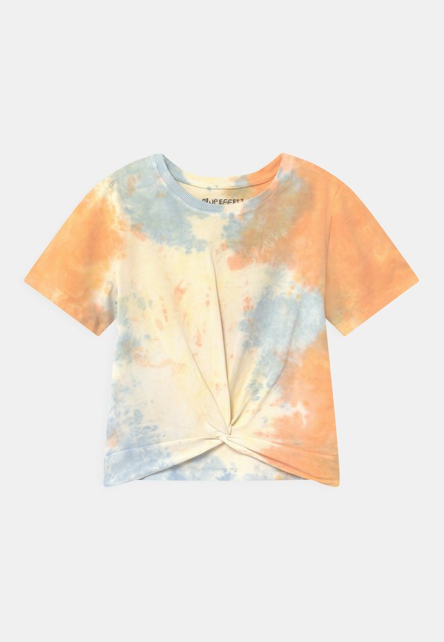 GIRLS BOXY  - Printtipaita - orange