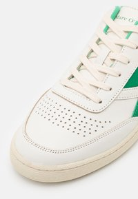 Marc O'Polo - COURT M1A - Tenisky - offwhite/green - 5