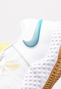 Nike Performance - COURT FLARE  - Clay court tennis shoes - white/valerian blue/oracle aqua - 5