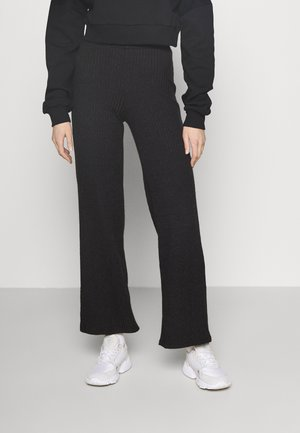 KINSLEY TROUSERS - Bukse - black