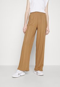 JDY - JDYBINA WIDE LOUNGE PANT - Trousers - toasted coconut - 0