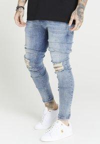 SIKSILK - RAW HEM BURST KNEE - Jeans Skinny Fit - rustic blue wash - 0