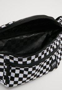 Vans - RANGER WAIST PACK - Bum bag - black/white - 4