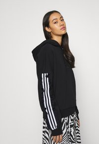 adidas Originals - BELLISTA SPORTS INSPIRED HOODED  - Hoodie - black - 3