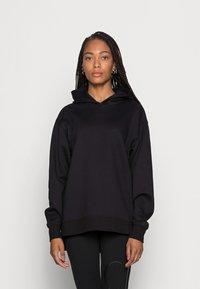 Calvin Klein Jeans - BACK BLOWN UP LOGO HOODIE - Mikina skapucí - black - 2
