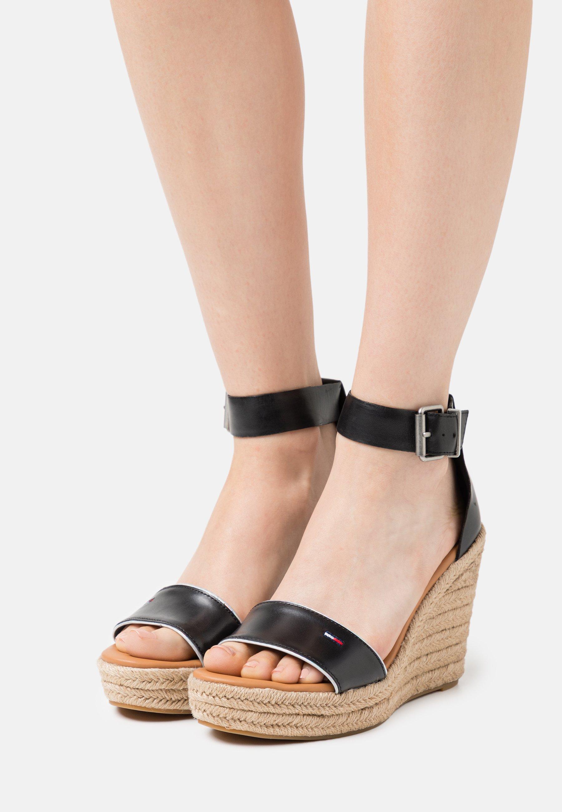 Women ESSENTIAL WEDGE - Platform sandals