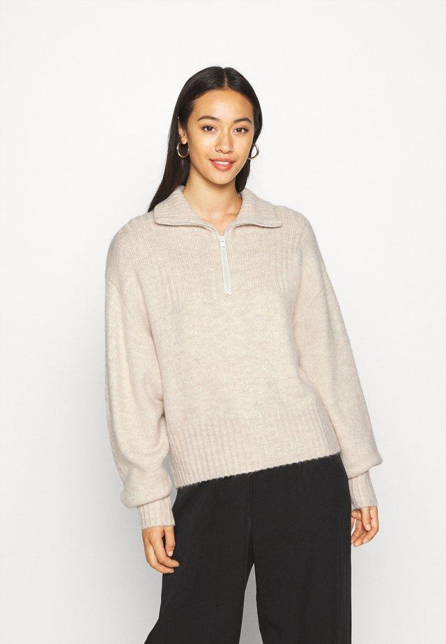 FONDA SWEATER - Stickad tröja - off-white
