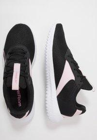 Reebok - FLEXAGON ENERGY TR 2.0 - Zapatillas de entrenamiento - black/pix pink/white - 1