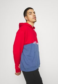 adidas Originals - SLICE HOODY - Hoodie - crew blue/scarlet - 3