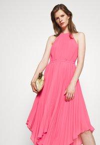MICHAEL Michael Kors - HALTER CHAIN - Cocktail dress / Party dress - blush pink - 3