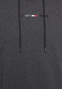 Tommy Jeans - GEL STRAIGHT LOGO HOODIE - Sweatshirt - black - 6