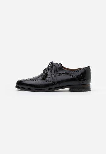 SELINA - Zapatos de vestir - black