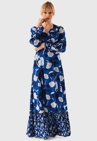 IVY & OAK - BOHEMIAN  - Maxiklänning - brilliant blue - 0