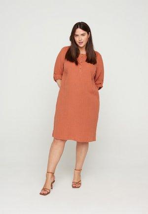 VVIVU - Korte jurk - orange