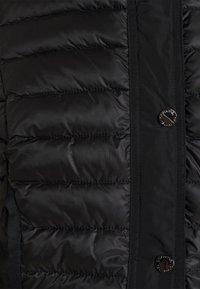 comma - Klasyczny płaszcz - black - 4