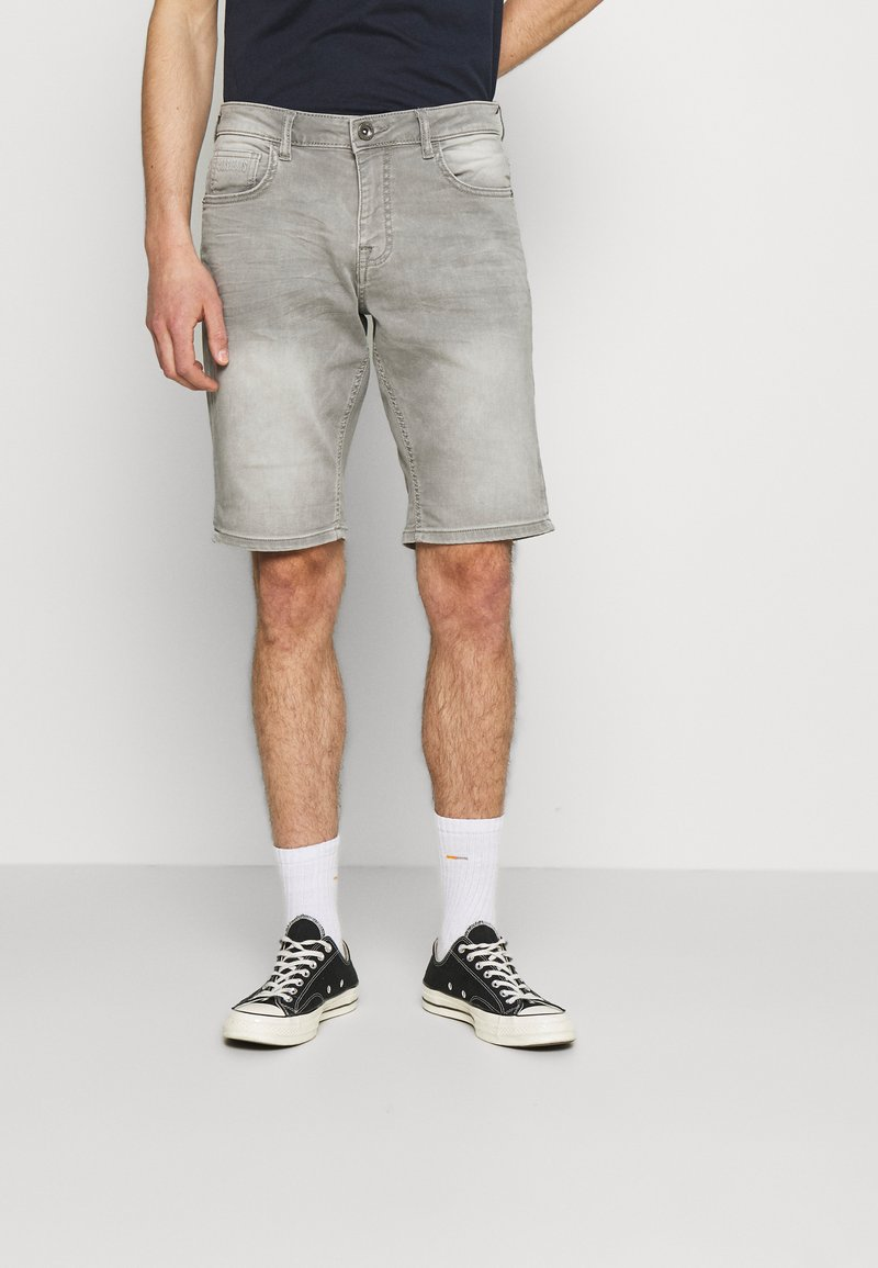 Cars Jeans - SEATLE - Jeansshorts - grey used
