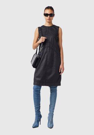 D FLOOR SP - Shift dress - black