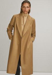 Massimo Dutti - Płaszcz wełniany /Płaszcz klasyczny - beige - 0