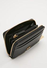 MICHAEL Michael Kors - MONEY PIECES CARD CASE - Wallet - black - 5