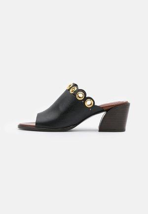 STEFFI MULE - Pantofle na podpatku - black