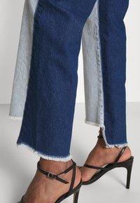 KENDALL + KYLIE - STRAIGHT - Jeans straight leg - medium blue/dark blue - 3