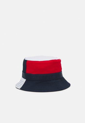 BOYS YOUTH BUCKET HAT - Hat - blue