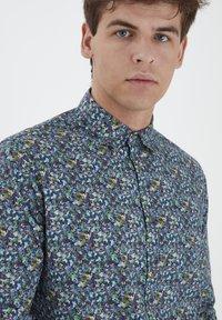 Tailored Originals - TORAERS - Camisa - insignia b - 4