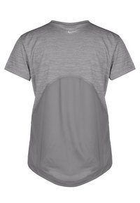 Nike Performance - MILER V NECK - Camiseta estampada - gray - 1