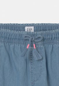 GAP - GIRL - Kraťasy - light-blue denim - 2