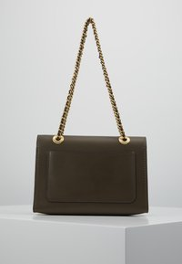 Coach - PARKER SHOULDER BAG - Handbag - moss - 2