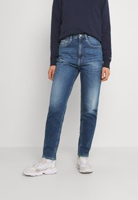 Tommy Jeans - MOM ULTRA - Relaxed fit jeans - ames - 0