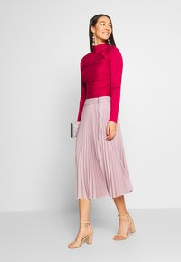 NA-KD - BELTED PLEATED SKIRT - A-Linien-Rock - lilac - 1