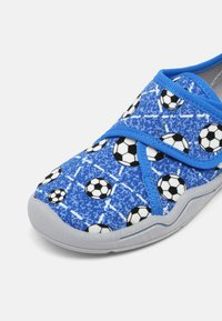 Superfit - BENNY - Slippers - blau - 6