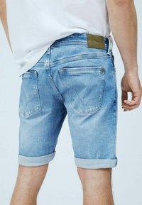 Pepe Jeans - Jeansshorts - denim - 4