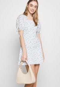 Fashion Union - POSITANO DRESS - Kjole - white - 3